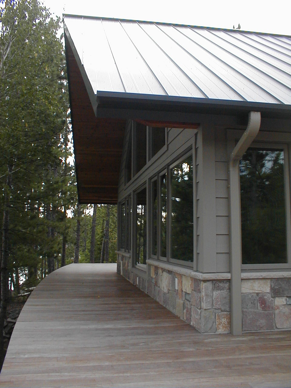 Stone and steel roofing, by Huisman Concepts